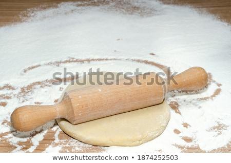 Harina mesa de madera primer plano teléfono teclado huevos Foto stock © wavebreak_media