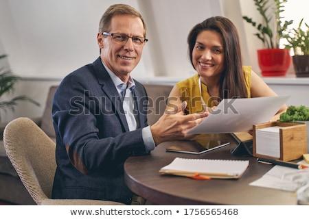 senior · zakenvrouw · werken · assistent · kantoor · computer - stockfoto © photography33