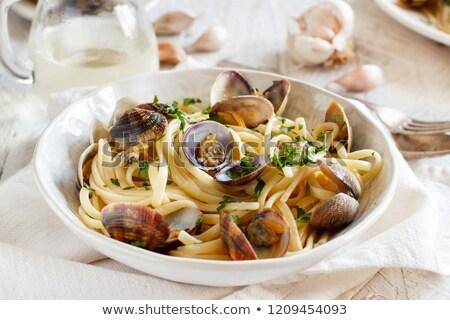 спагетти · пасты · белое · вино · помидоров · базилик · деревянный · стол - Сток-фото © arenacreative