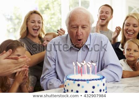 aniversário · avô · grande · família · celebrar · comida - foto stock © is2