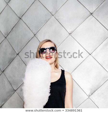 straat · foto · jonge · brunette · vrouw · witte - stockfoto © dashapetrenko