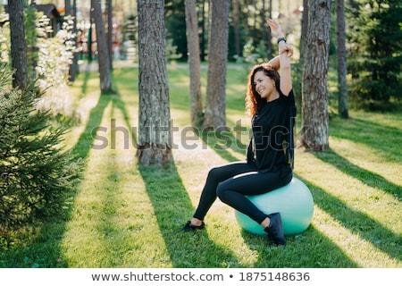 Jovem feminino atleta parque mulher Foto stock © Lopolo