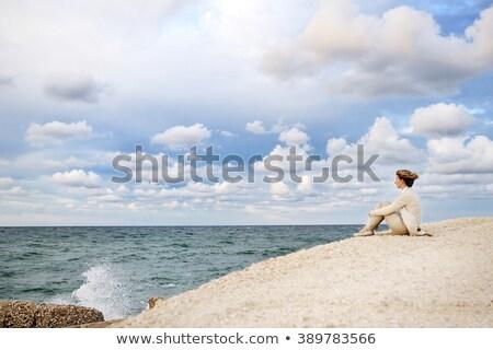 vrouw · ademhaling · zee · gelukkig · jonge · asian - stockfoto © photography33