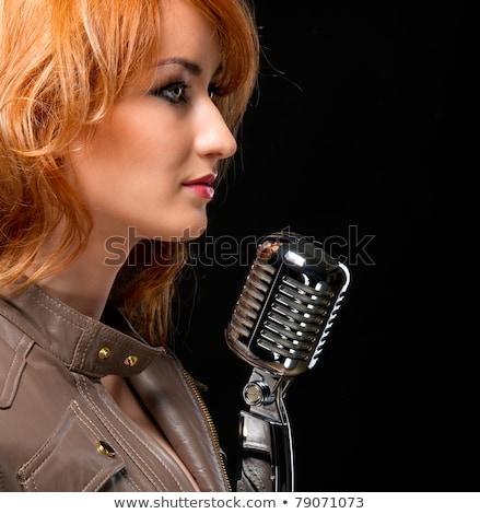 kobieta · piosenkarka · retro · mikrofon · śpiewu · twarz - zdjęcia stock © amok
