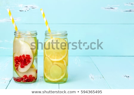 Gezonde eigengemaakt limonade zomer cocktail Stockfoto © YuliyaGontar