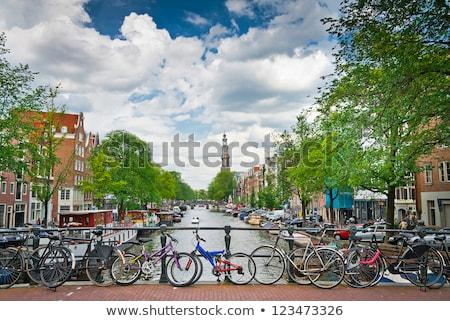 Bicicleta canal anel ponte Amsterdam cair Foto stock © neirfy