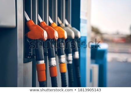 Benzine mondstuk station vulling gas tank Stockfoto © cmcderm1