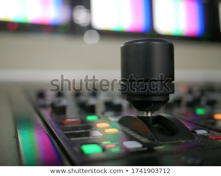 Foto stock: Digital Television Production Concept Remote Control Tv