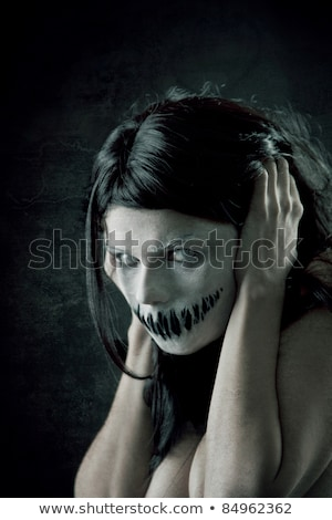 afschuwelijk · meisje · portret · scary · mond · ogen - stockfoto © olira