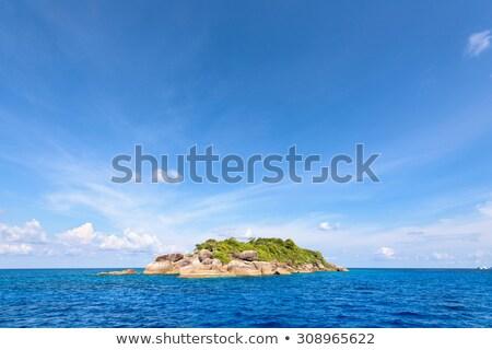 klein · eiland · Thailand · Blauw · zee · zomer - stockfoto © Yongkiet