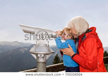 Ragazzo nonna guardando telescopio bambino divertimento Foto d'archivio © IS2