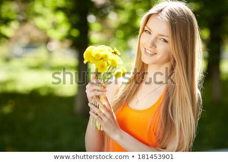 gyönyörű · nő · feketefehér · szalmaszál · nyár · kalap · gyöngyök - stock fotó © dashapetrenko