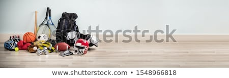 Diferente tipo equipamentos esportivos secretária branco Foto stock © AndreyPopov