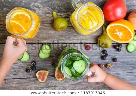 Vigoroso criança fresco limão menino apresentar Foto stock © fanfo
