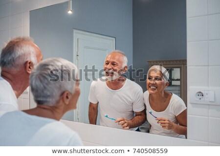 pár · fogmosás · fürdőszoba · férfi · mosdókagyló · reggel - stock fotó © wavebreak_media