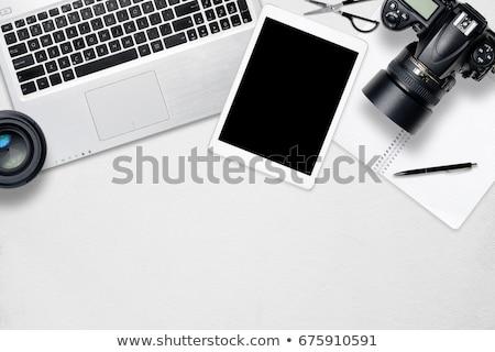 escritorio · cámara · taza · de · café · oficina · cuero - foto stock © karandaev
