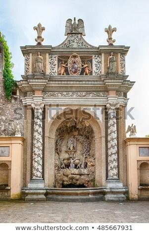 Fontanna Sowa willi Włochy szczegół budynku Zdjęcia stock © boggy