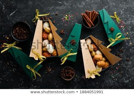 Foto stock: Natal · chocolate · bolinhos · enchimento · forma · estrela