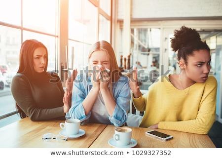 jóvenes · gente · de · negocios · altos · colega · pie · oficina - foto stock © hasloo