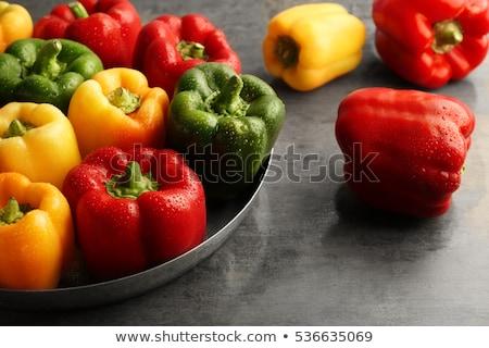 Vermelho amarelo verde pimenta tabela comida Foto stock © inaquim