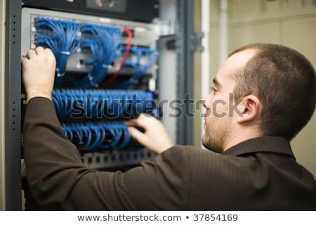 техник · рабочих · сервер · Постоянный · центр · обработки · данных · телефон - Сток-фото © wavebreak_media