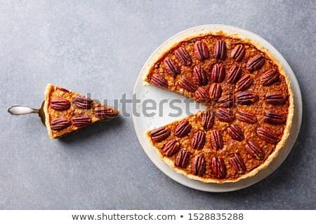 Noix tarte noix tartes plateau bureau Photo stock © hraska