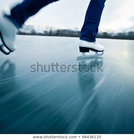 Stok fotoğraf: Genç · kadın · buz · pateni · açık · havada · gölet · kış · gün