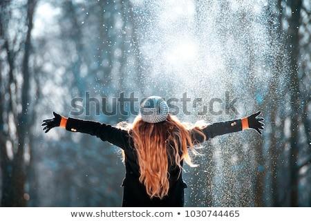 Dob hó nő felfelé levegő fehér Stock fotó © ElinaManninen