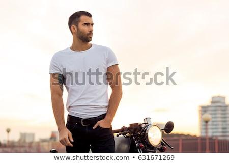 Ritratto bello brutale uomo occhiali da sole Foto d'archivio © deandrobot
