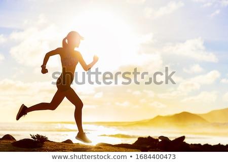 エネルギッシュな やる気のある 女性 フィットネス ビーチ 健康 ストックフォト © lovleah