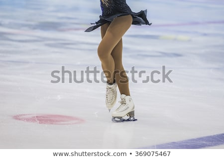 vrouwen · cijfer · schaatsen · paar · geïsoleerd · witte - stockfoto © angelp