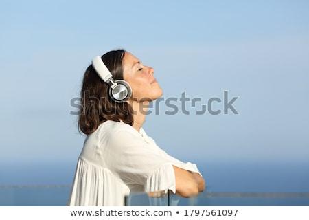 ストックフォト: オーディオ · 女性 · カバー · 電気 · ケーブル