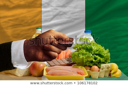 Buying Groceries With Credit Card In Ivory Coast Foto stock © vepar5