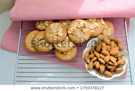 Ciotola pan di zenzero pezzi dolce piatto primo piano Foto d'archivio © Digifoodstock