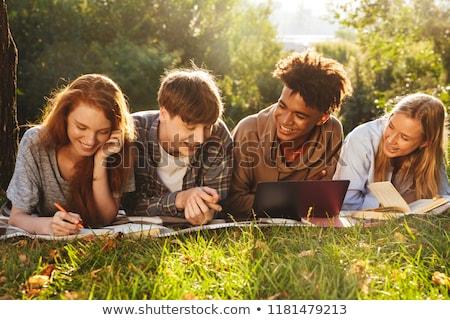 szabadtér · tanulás · csoport · diákok · könyvek · iskola - stock fotó © deandrobot