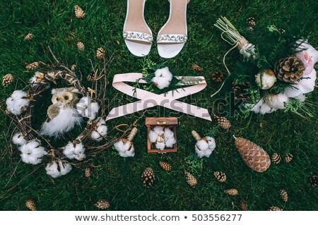 Ramo de la boda zapatos hierba dama de honor aumentó fondo Foto stock © ruslanshramko
