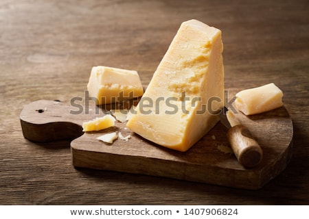 Parmesan isolé blanche alimentaire fond Photo stock © karandaev