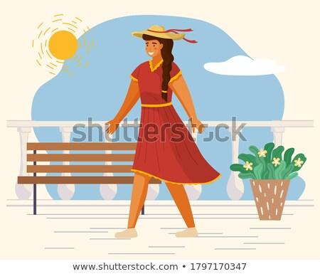 Alegre feminino branco roupa recorrer terraço Foto stock © dashapetrenko