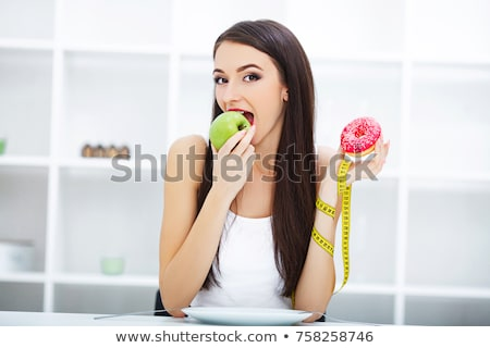 Saine choix femme fruits jeune femme Photo stock © lovleah