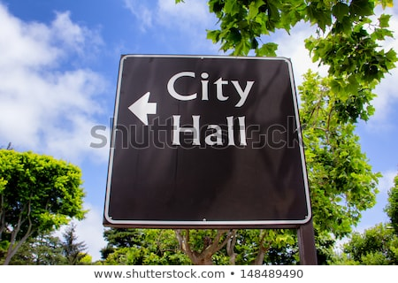 ville · salle · signe · pointant · direction · vertical - photo stock © wolterk
