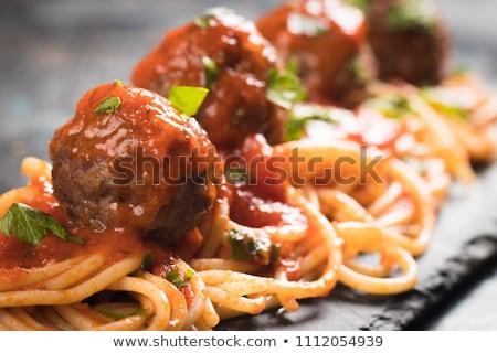 spagetti · húsgombócok · fehér · tányér · paradicsomszósz · tészta - stock fotó © vertmedia
