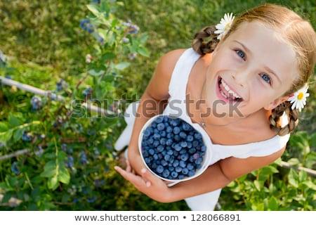 feliz · nino · fruta · fresca · aislado · blanco · cute - foto stock © lovleah