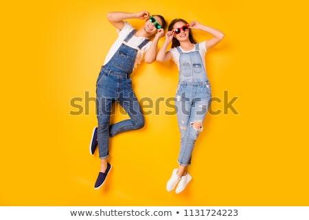 Foto stock: Retrato · engraçado · brim · em · pé · juntos