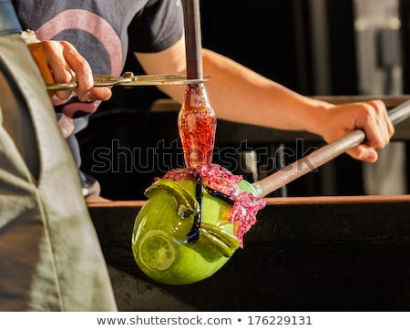 Vidrio soplador verde botella trabajo Foto stock © backyardproductions