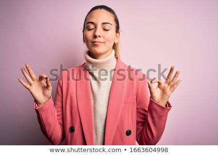 Szőke nő üzletasszony szőke nő fehér póló telefon Stock fotó © stryjek