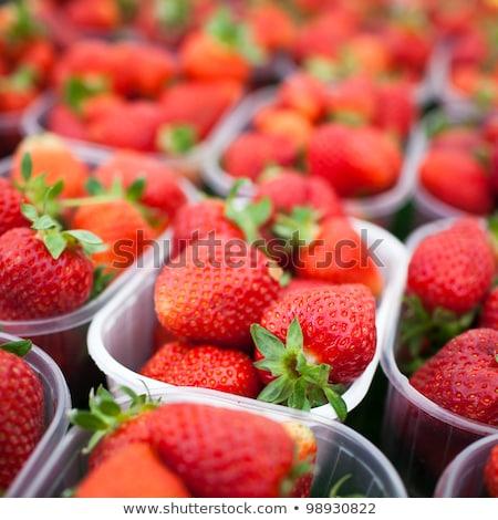 gazdák · piac · friss · eprek · étel · gyümölcs - stock fotó © lightpoet