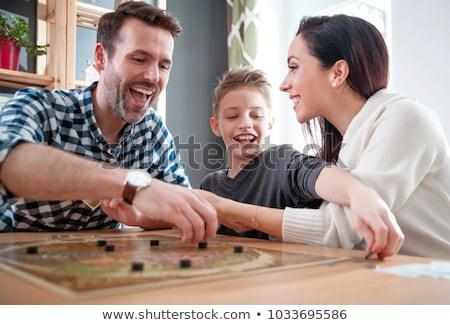 familie · spelen · bordspel · samen · meisje · liefde - stockfoto © photography33