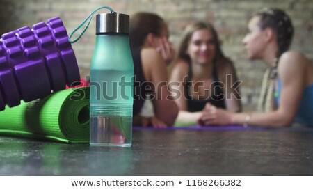 усилие рабочих портрет молодые женщины питьевой Сток-фото © photography33