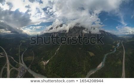 表示 谷 オーストリア 高山 道路 森林 ストックフォト © borisb17