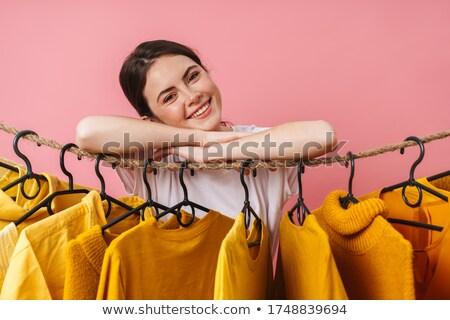 Foto bom alegre mulher sorrindo Foto stock © deandrobot